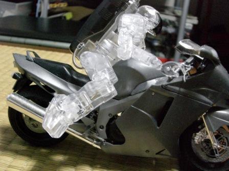 ホンダロボットP3「クリア」バイク