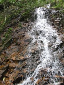 おもとの滝