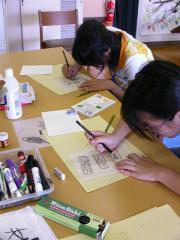6原画を描く二人