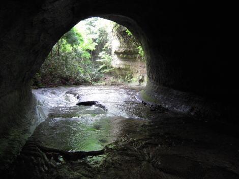 滝上トンネル