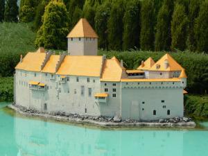 スイスのシヨン城