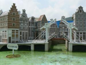 オランダの運河と風車