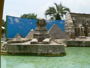ナイル川 ピラミッドとスフィンクス