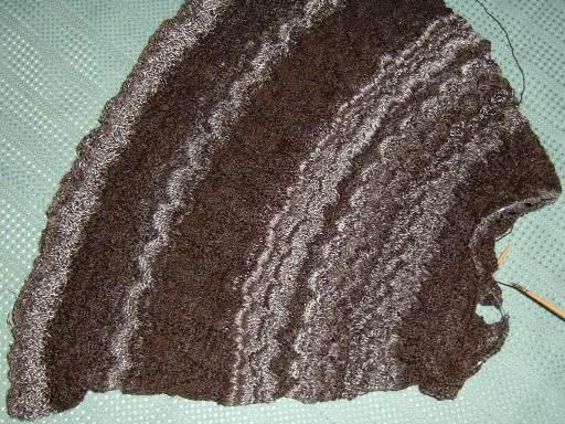 編み始めると強烈に眠くなるのよ…