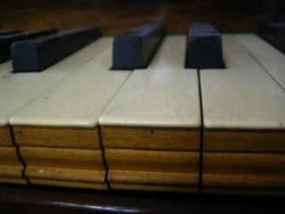 スクウェア鍵盤