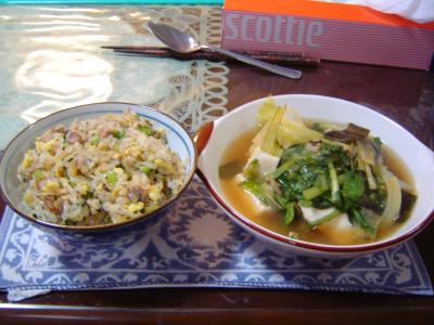 野菜スープとチャーハン