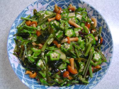 山菜とめかぶとオクラの和え物