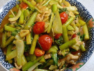野菜のカレー風味炒め完成