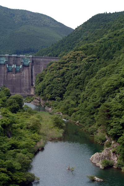 仁川ダム下流