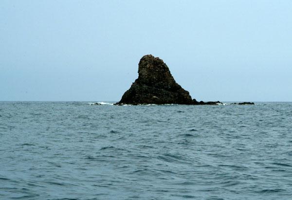 浦富海岸黒島
