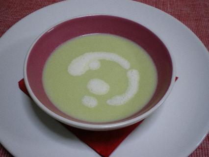 空豆の冷製スープ