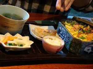 もんじゅ「ちらし寿司セット」