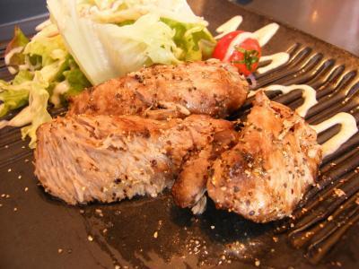 まぐろほほ肉のステーキ