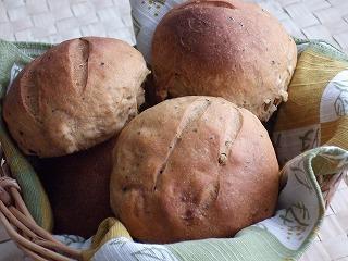しみじみあまーいくるみパン