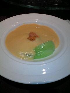 ウニのスープふかひれ付き