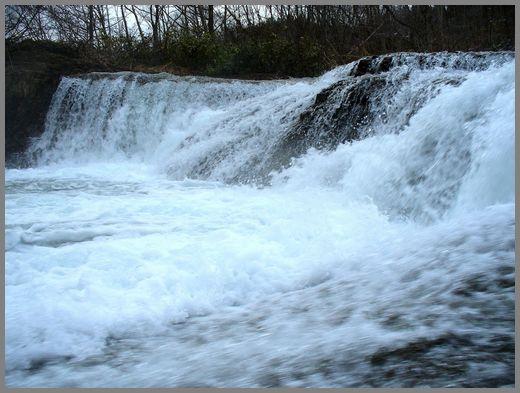 滝の流れ5