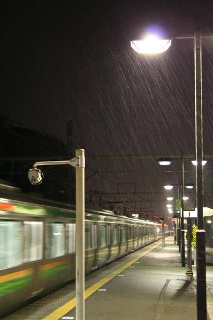 帰りは雨交じりの雪