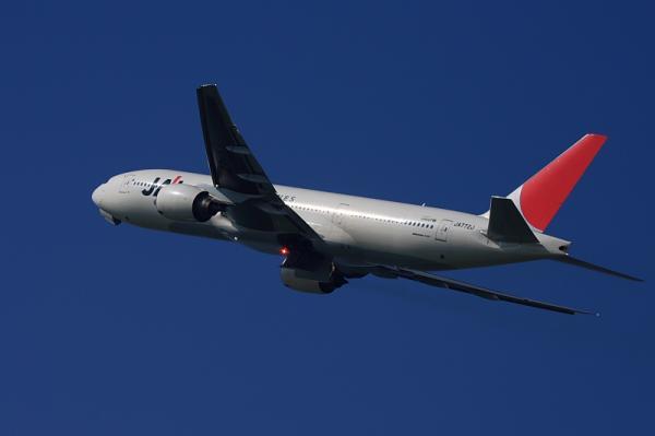 JAL B777-246 JL124@猪名川土手付近(by 40D with EF100-400)