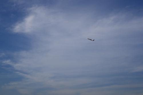 JAC DHC8-Q400 3X2057@東緑ヶ丘公園(by SIGMA 18-50)