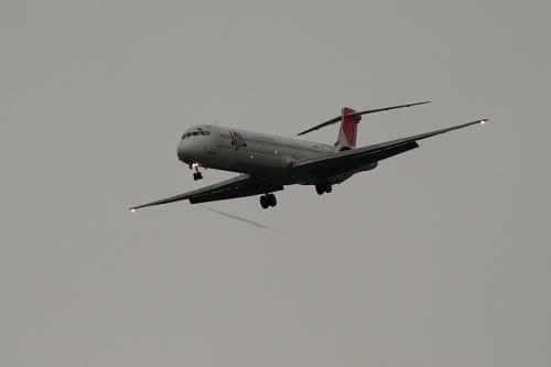 JEX MD-81 JC2464@猪名川東岸軍行橋脇(by EF100-400)