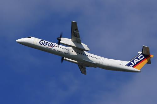 JAC DHC8-Q400 3X2409@14エンド猪名川土手(by EF100-400)