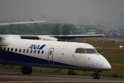 ANA DHC8-Q400 NH1651@AFO(by EF100-400)