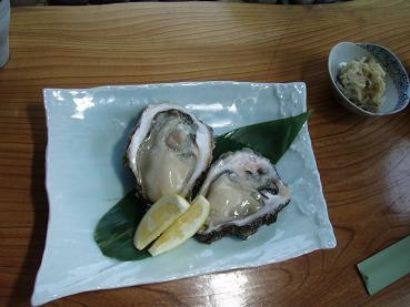 ランチのほかに岩牡蠣