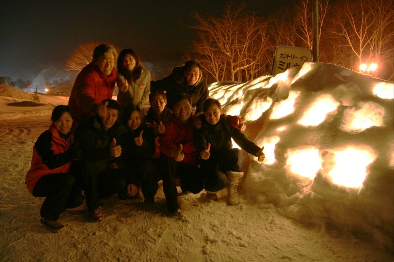 snow_candl2.jpg
