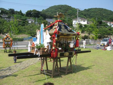 隣町の神輿
