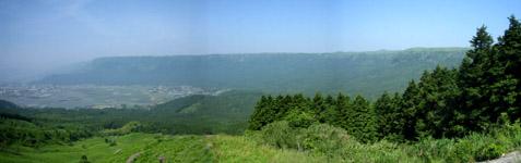 阿蘇 外輪山高さ