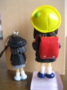 ランドセル人形ストラップ後ろ