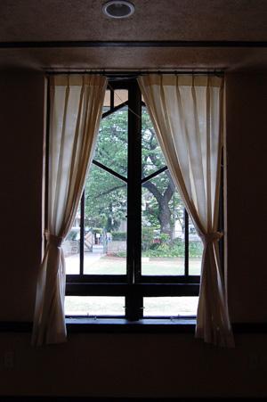 自由学園明日館(窓)
