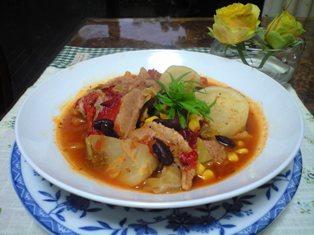 豚肉と野菜のトマト煮込