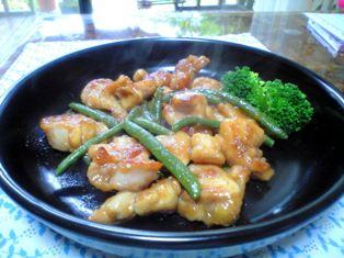 生姜風味の鶏とインゲン