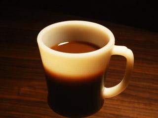 春の日にホットコーヒー