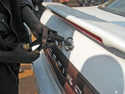 ルワンダ日本車1