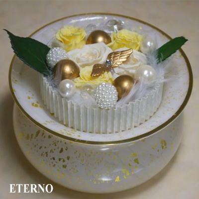 ペットの骨壷手元供養のためにデザインされたガラス製骨壷エテルノ(ゴールド)