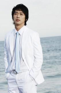 白スーツs-