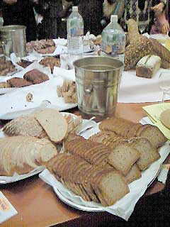 ドイツパンとチーズ