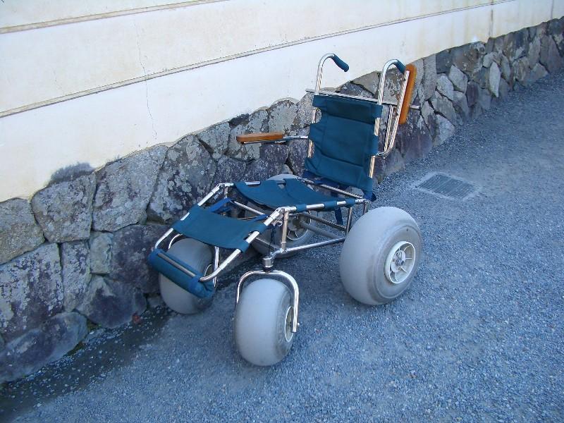 オフロード用車椅子。こういう ...