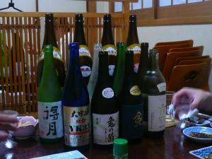 日本酒飲み放題!