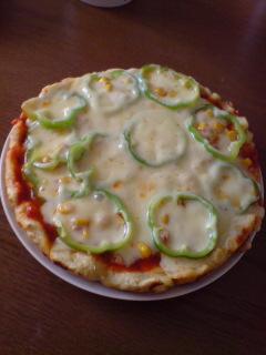 パン粉でピザ