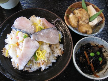 鰆のちらし寿司ほか
