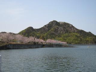 山大寺池から嶽山