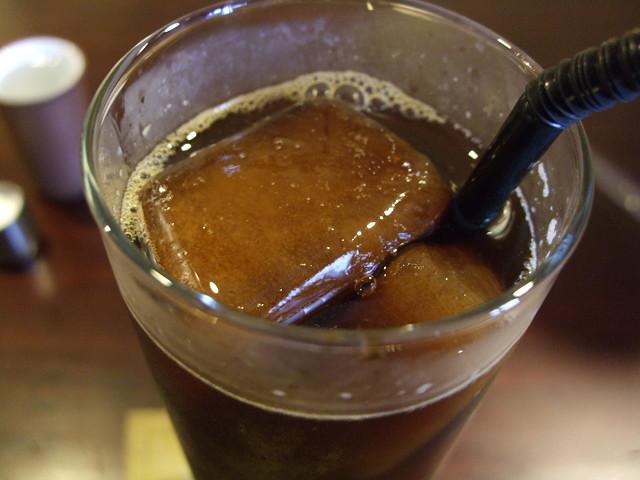 OVER TIMEアイスコーヒー氷アップ
