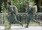 チベット自治区のラサで訓練する中国人民解放軍兵士