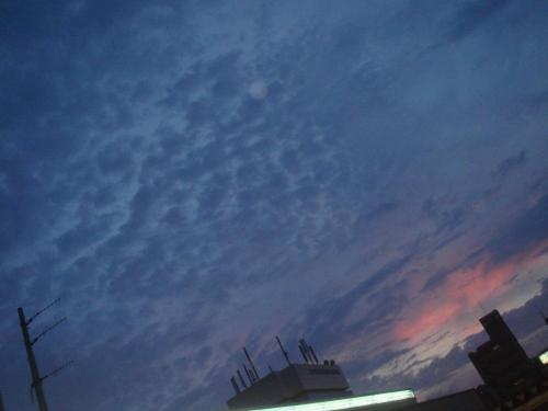 梅雨の夕焼け