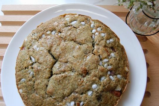 金時豆とヨモギのケーキ