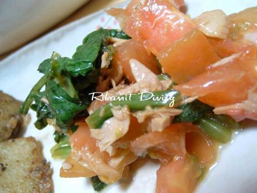 DSCF7・11トマトと小松菜のサラダ