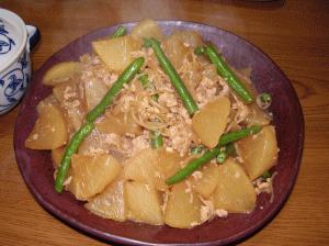 大根とこんにゃくの炒め物